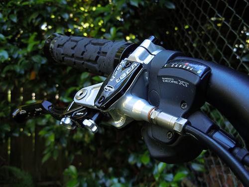 2010 Hope M4 brake lever, Shimano Deore XT shifter