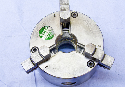 Three Jaw Chuck – winding out the Jaws