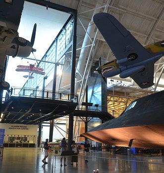 Steven F. Udvar-Hazy Center: Lockheed SR-71 Blackbird port panorama (F-4 Corsair & P-40 Warhawk overhead)